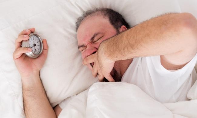 Запах изо рта по утрам: причины, лечение, симптомы