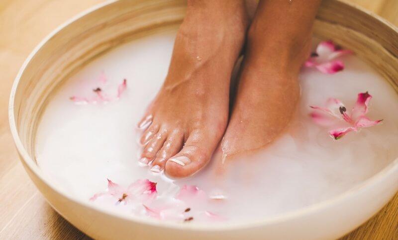 удаление шишек на пальцах ног в домашних условиях